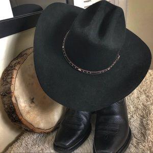 Justin 56 7 100% Wool XX Black Hills Wool Hat d881fc189da2